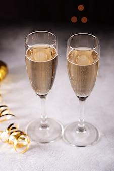 Fundo de celebração de ano novo com champanhe