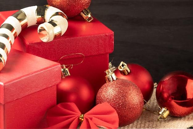 Fundo de celebração de natal e ano novo com espaço de cópia.