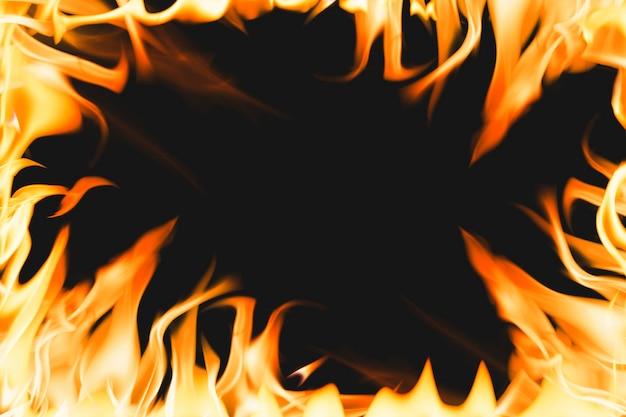 Fundo de chama ardente, imagem realista de fogo com moldura laranja