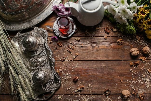 Fundo de cozinha turca de comida criativa. textura de madeira. conceito de chá e sobremesa