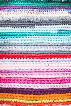 Fundo de crochê com cores diferentes, para design