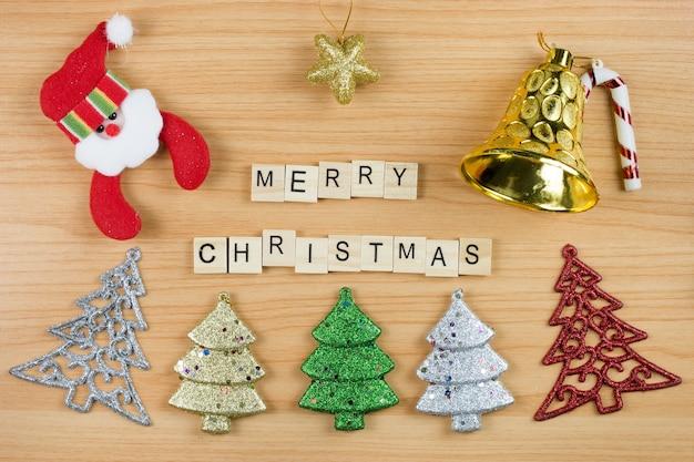 Fundo de decoração de natal no chão de madeira