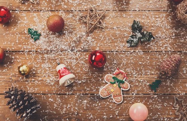 Fundo de decorações para árvores de natal.