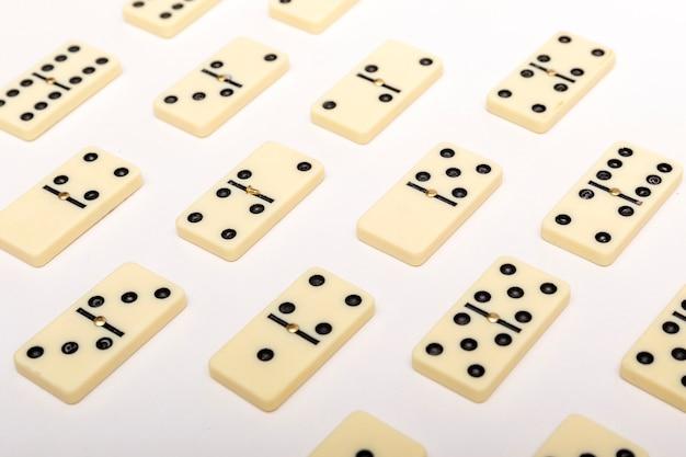 Fundo de dominó. conceito de estratégia de negócios.