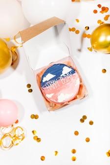 Fundo de feriado de mini bolo de aniversário