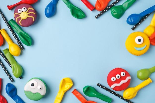 Fundo de festa de halloween de aniversário de crianças, quadro com doces