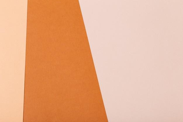 Fundo de folhas multicoloridas de papelão