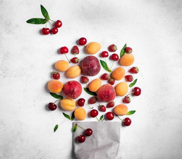 Fundo de frutas e bagas de verão