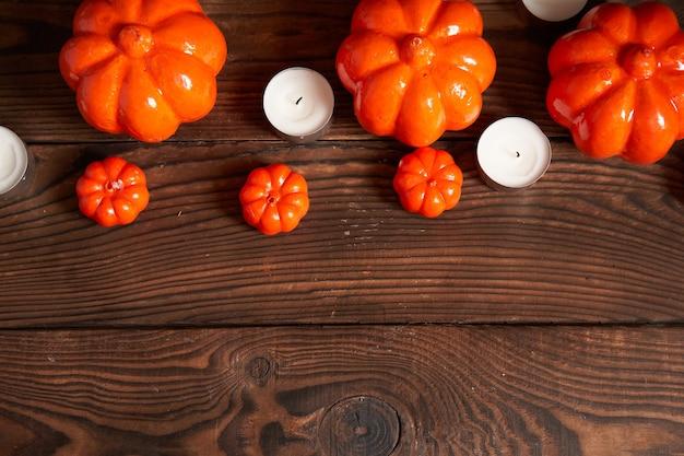 Fundo de halloween, laranja decorativo plástico abóbora papel morcego preto papelão