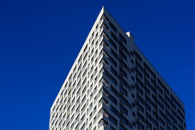 Fundo de janelas de edifício de escritórios