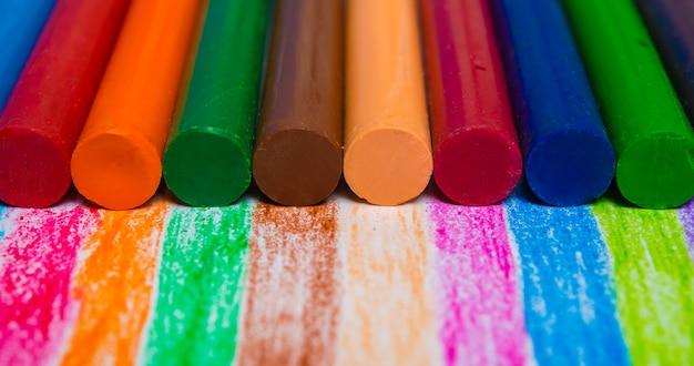 Fundo de lápis coloridos