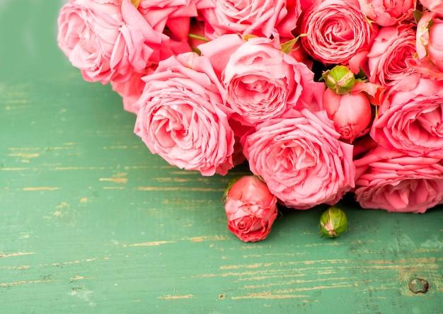 Fundo de linda flor floral - fundo de buquê de flores rosa