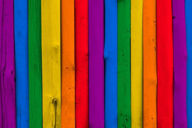 Fundo de madeira colorido arco-íris lgbt