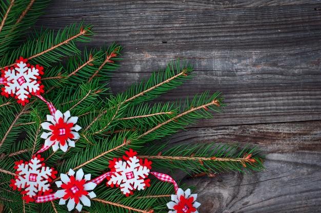 Fundo de madeira de ano novo e natal com decorações