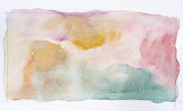 Fundo de manchas de aquarela abstrata. mão-extraídas aquarela traços pintura em branco. é perfeito para cartões postais, cartões de visita, pôsteres, web design, embalagens, etc.