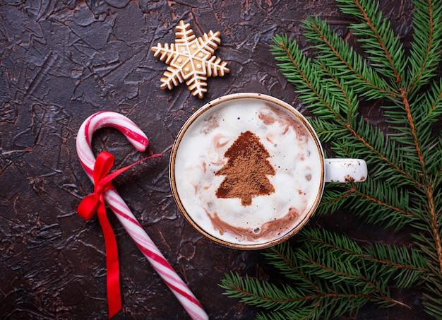 Fundo de natal com biscoitos de café com leite e gengibre