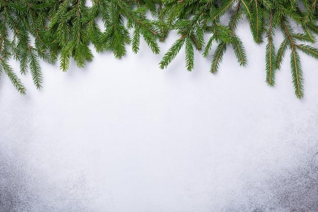 Fundo de natal com galho de árvore do abeto