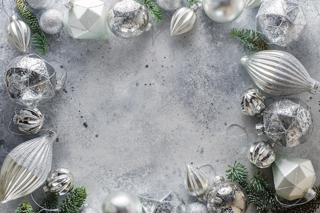 Fundo de natal com perímetro de decorações de natal