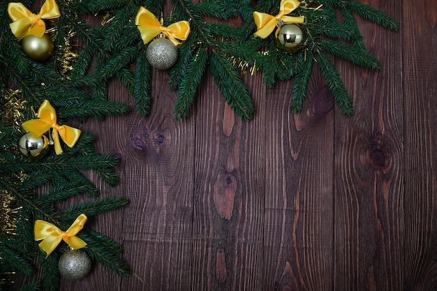 Fundo de natal com ramos de abeto fresco