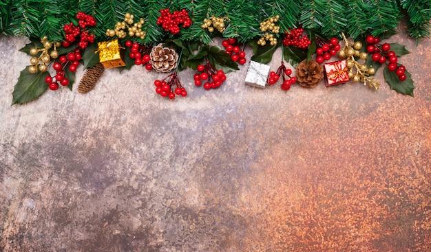 Fundo de natal e caixa de presente de feliz ano novo