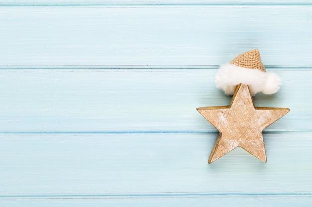 Fundo de natal vintage com decoração de natal. cartão de natal. decoração festiva em fundo de prata bokex. conceito de ano novo. copie o espaço. postura plana. vista do topo.