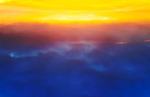 Fundo de nuvens de alta altitude
