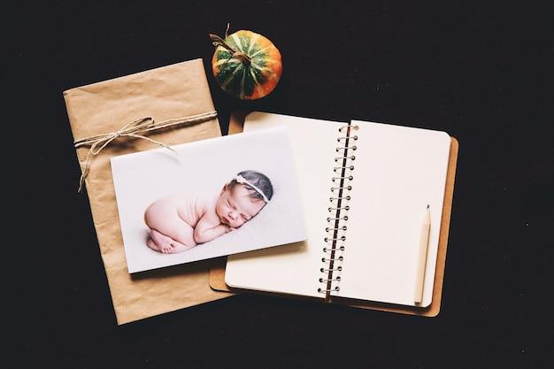 Fundo de outono ou inverno para bebês