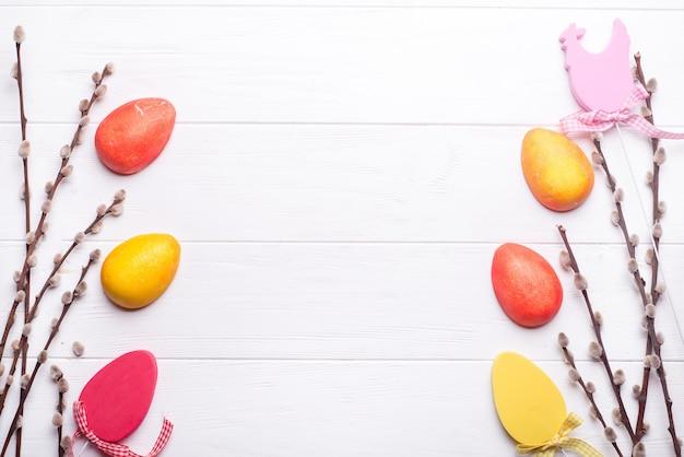 Fundo de páscoa e ovos