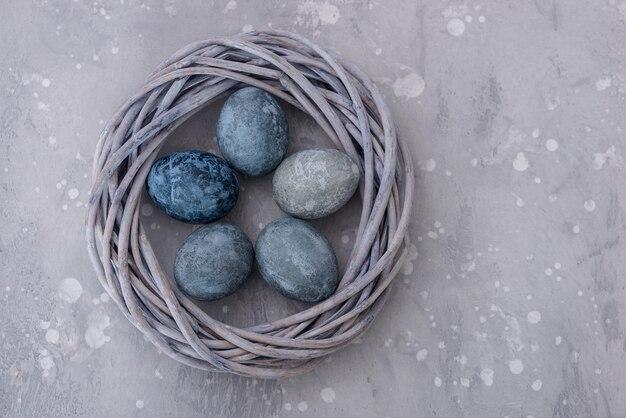 Fundo de páscoa: ovos em estilo de pedra
