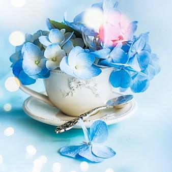 Fundo de primavera com hortensia
