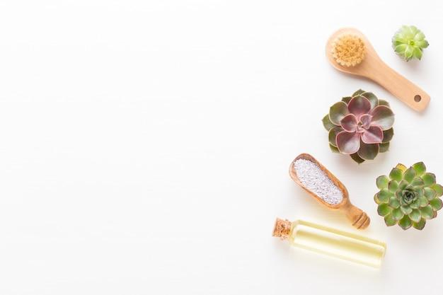 Fundo de spa com um espaço para um texto. spa wellnes cartão de felicitações. tema de aromaterapia, bio cosmético feito à mão. postura plana.