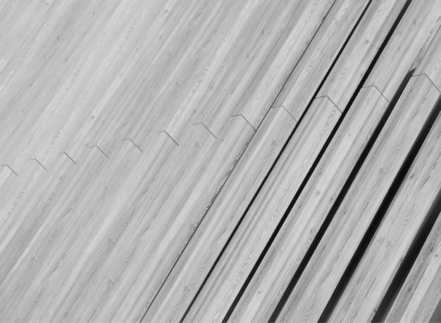 Fundo de textura de painéis de madeira em preto e branco diagonal