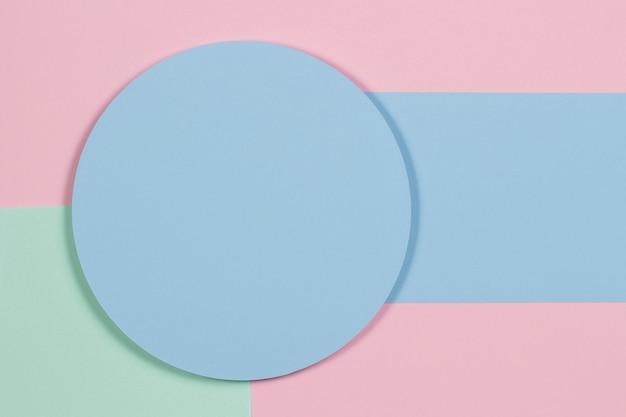 Fundo de textura geométrica abstrata de suave verde pastel rosa luz cor azul papel vista superior plana ...