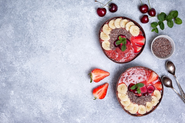 Fundo de tigela de smoothie de café da manhã saudável com copyspace