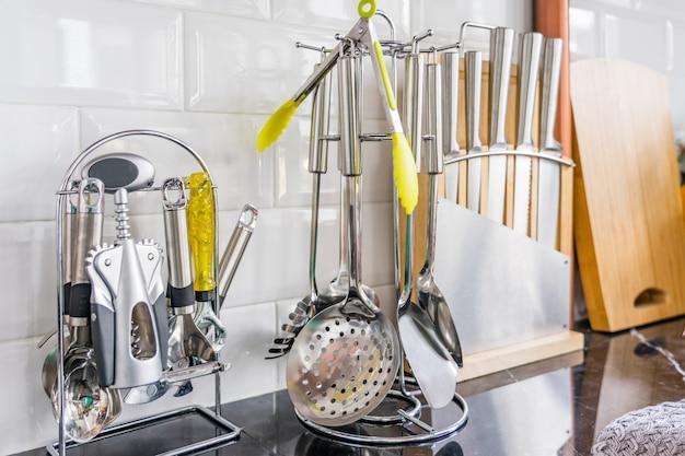 Fundo de utensílios de cozinha com um espaço em branco para um texto