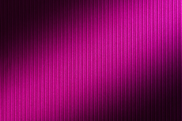 Fundo decorativo magenta, fúcsia, cor roxa, gradiente diagonal de textura listrada.