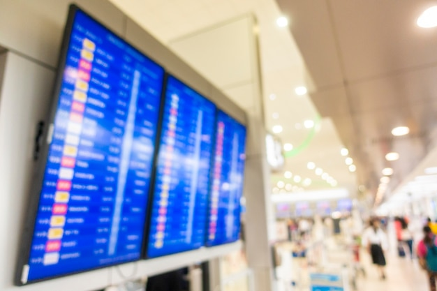 Fundo desfocado de dentro do aeroporto, conceito de viagens