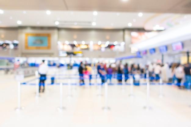 Fundo desfocado de dentro do aeroporto