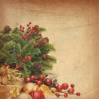 Fundo do natal do vintage com bagas do presente da grinalda e bugigangas