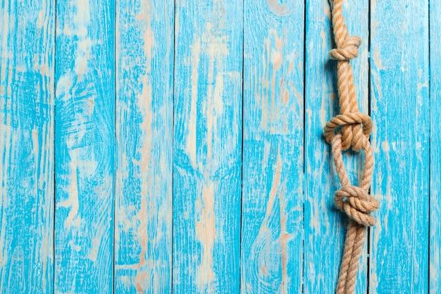 Fundo náutico com corda