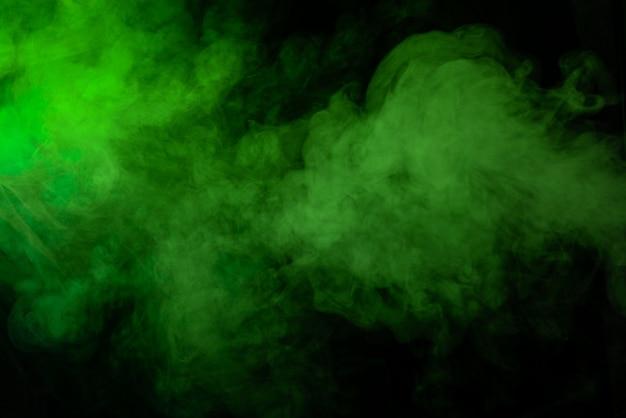 Fundo preto com textura fumaça verde