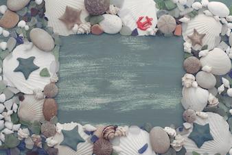 Fundo retro de madeira natural da pedra do escudo do mar.
