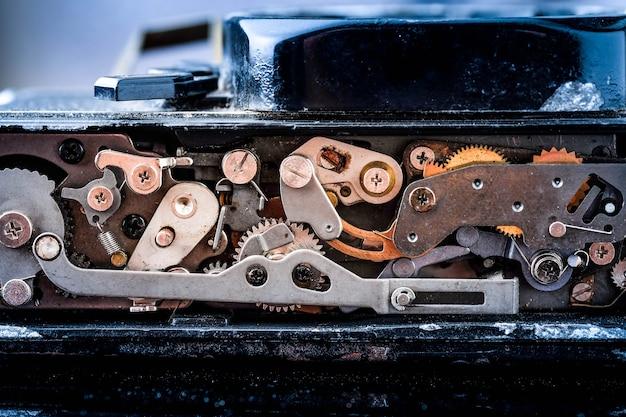 Fundo vintage retrô grunge. engrenagens do mecanismo antigo