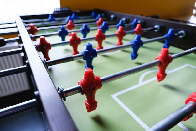 Futebol de mesa no centro de entretenimento