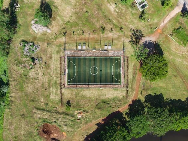 Futsal ao ar livre, quadra de futebol