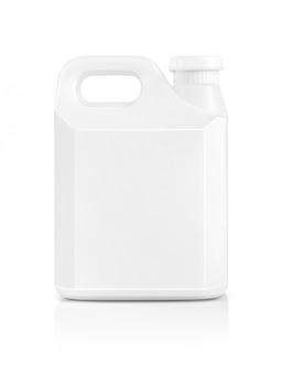 Galão de plástico branco de embalagem em branco isolado