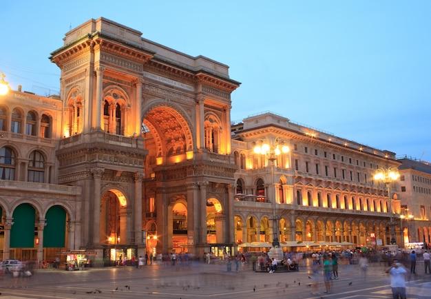 Galeria vittorio emanuele ii em milão, itália