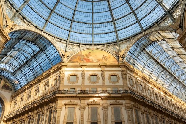 Galerias vittorio emanuele em milão, itália.