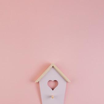 Gancho de chave de parede em forma de casinha de passarinho