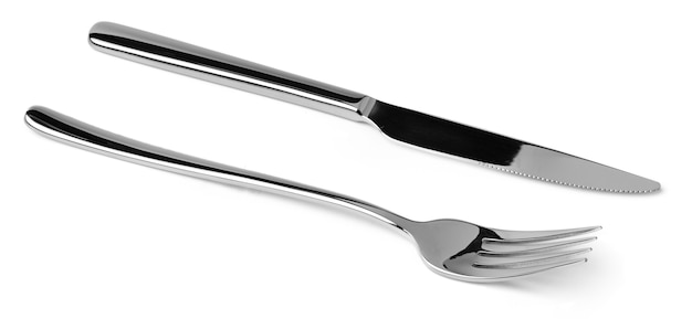 Garfo e faca de prata isolados no fundo branco